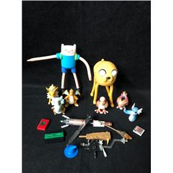 TOY FIGURES/ ACCESSORIES LOT