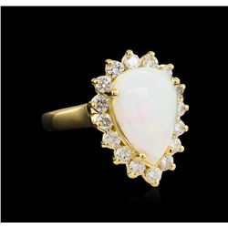 3.10 ctw Opal and Diamond Ring - 14KT Yellow Gold