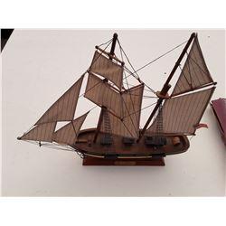 """pride of Baltimore"" Model Ship"