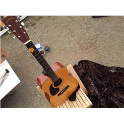 Guitar, 1 Folding wood Chair