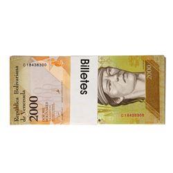 Pack of (100) Uncirculated 2016 Republic of Venezuela 2000 Bolivares Bank Notes