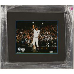 Derek Jeter Autographed Photo  (100563)
