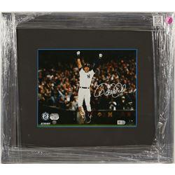 Derek Jeter Autographed Photo  (100563)