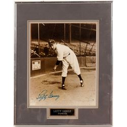 Framed 8 x 10 signed Lefty Gomez  (104099)
