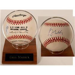 Greg Maddux baseball  (100284)