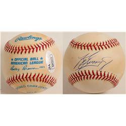 Ken Griffey Jr. autographed baseball  (100283)