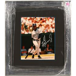 Ken Griffey Jr. Signed Photo  (100318)