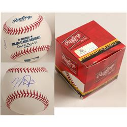 Mike Trout Autographed Baseball  (100286)