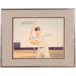 Signed 8 x 10 of Mickey Mantle Batting  (104547)