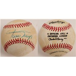 Willie Mays signed Ball  (104609)