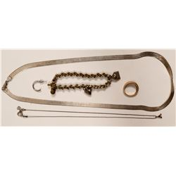 Antique Jewelry / 5 Items.   (102111)