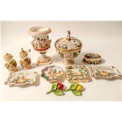 Capodimonte  Pottey Set / Elaborate / 11 items.  (102104)