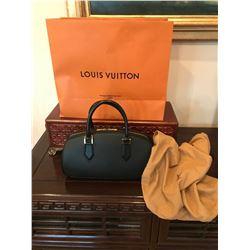 Authentic LOUIS VUITTON Women Black Leather  Handbag