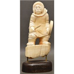 ESKIMO INDIAN IVORY CARVING