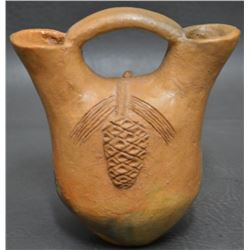 NAVAJO INDIAN POTTERY VASE (CLAW)
