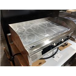 """30"""" COUNTERTOP STAINLESS STEEL ELECTRIC GRIDDLE"""