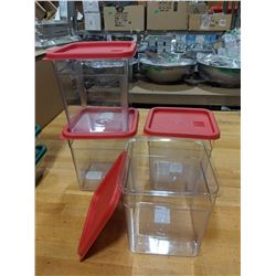 8QT CLEAR STORAGE CONTAINERS & LIDS - LOT OF 4