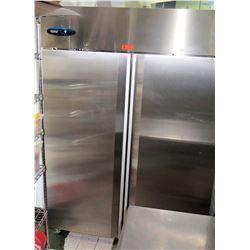 Hoshizaki Commercial Series 2 Door Upright Freezer Model CF2S-FS