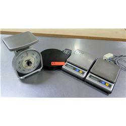 Qty 4 Kitchen Scales - Pelouze, Kamenstein Digital, 2 @ Tanita Digital Scales