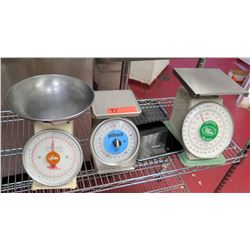 Qty 4 Kitchen Scales - Pelouze, Accu-Weigh, Polder, Update Weight Scale