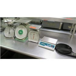 Qty 5 Weight Scales - Kamenstein, Pelouze, Accu-Weigh, 2 @ Taylor (1 Digital)