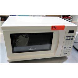 Sunbeam White Countertop Carousel Microwave Oven