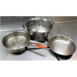 Qty 3 Misc Sizes Pots - 2 Frying Pans w/ Long Handles & Stock Stew Pot w/ Lid