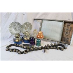 Pair of matching oil lamps with wall mounts and reflectors, selection of coloured insulators, glass