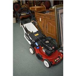 Toro electric start self propelling rear bag lawn mower with 7.25 horse, 159CC engine, working fine
