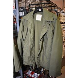 US Military cold weather jacket size Large 42-44