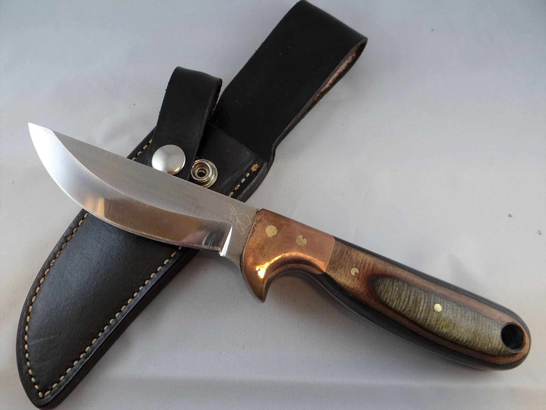 2 knives: Jim Brewer, 4