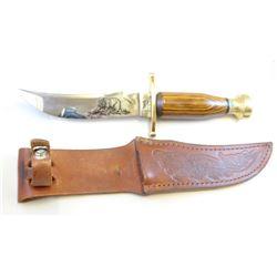 "Case hunting knife, 4 1/2"",  Kodiak bear etching, sheath"