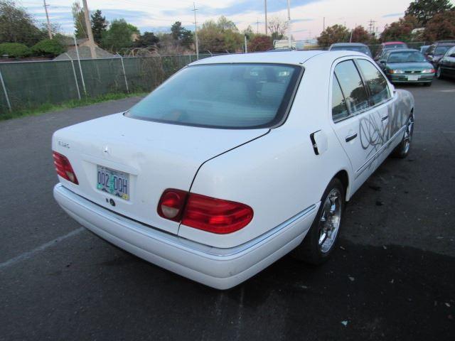 1997 Mercedes-Benz E320 - Speeds Auto Auctions