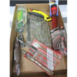 Assortment of Tools / Puller Set / Flashlight / Stanley Knife / Spade bit set