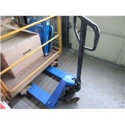 5500KG Pallet Jack / Exellent Condition