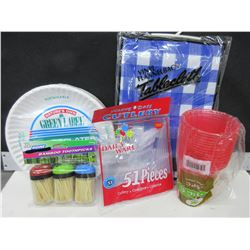 Camping & Picnic Bundle / 100 plates , 16 cups , cutlery , tablecloth , toothpics