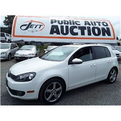 B2 --  2011 VW GOLF TDI , White , 105384  KM's