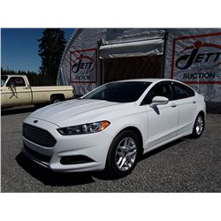 C6A --  2014 FORD FUSION , White , 86136  KM's