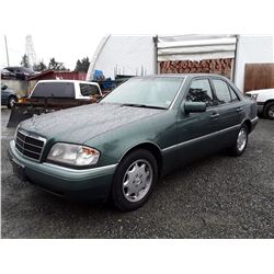 E4 --  1995 MERCEDES C220W , Green , 161334  KM's