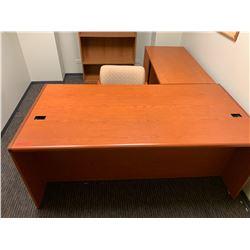 """Wooden Desk 72""""L x 36""""D x 30""""H w/ Reception Chair"""