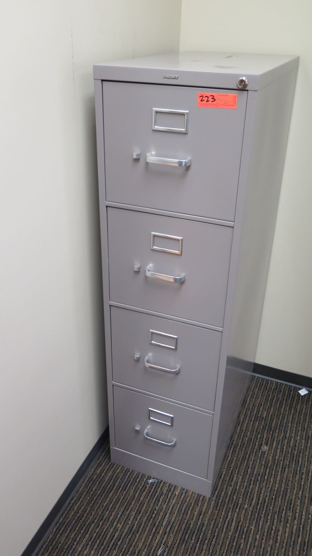 Image of: Vertical File Cabinet Hon Gray 15 W X 26 5 D X 52 H Oahu Auctions