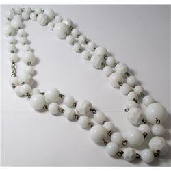 White Beaded Fashion necklace