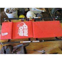 SHOP CREEPER (BIG RED)
