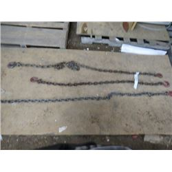LOT OF 3 CHAINS ( COMES WITH HOOK) *APPROX 6' TO 8'*