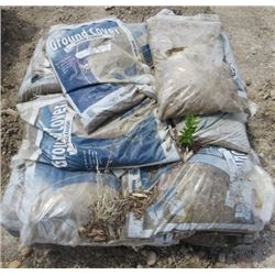 PALLET OF ROAD CRUSHED GRAVEL (APPROX 20 BAGS)