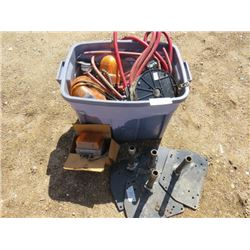 LOT OF ASSORTED ITEMS ( MARKER LIGHTS, CHAINS, TARPS, 4 METAL FLOOR STANDS)