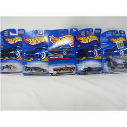 LOT OF 5 HOTWHEEEL VEHICLES (PHANTASTIQUE, MUSTANG 1965, FRIGBIT BIKE, GT RACER, GO KART)