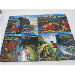 LOT OF BOOKS (THE HARDY BOYS) *FRANKLIN W. DIXON