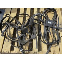 SINGLE HARNESS (COMES WITH BRIDLE AND REINS)