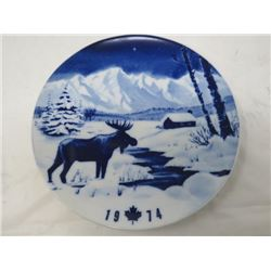 DECORATIVE PLATE (CANADA CHRISTMAS) *1974* (LIMITED EDITION)